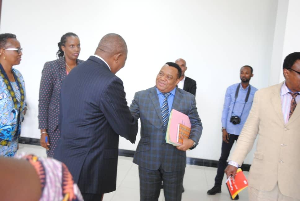 RDC-Diplomatie : tête-à-tête entre Gilbert Kankonde et une délégation de la CIRGL