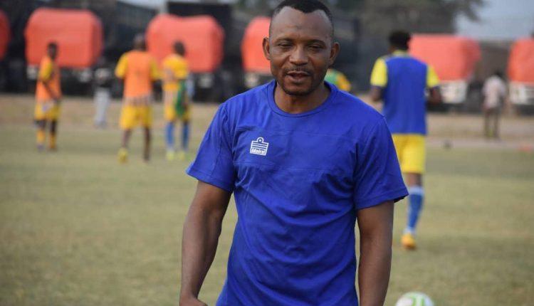 Football: Papy Kimoto n'est plus entraineur de Lupopo