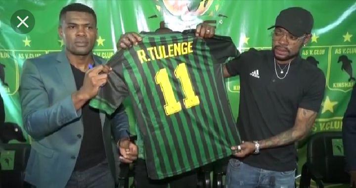 """Foot-Mercato : après avoir signé un contrat de 3 ans, Ricky Tulenge portera le numéro """"11"""" à l'AS VClub"""