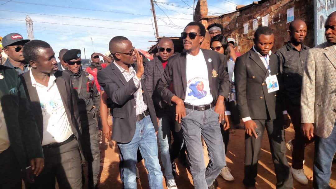 Réhabilitation des routes à Kasumbalesa: le ministre provincial des  infrastructures, urbanisme et habitat a visité les chantiers
