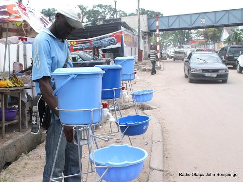 Covid-19 à Kinshasa : montée en flèche de prix des produits hydroalcooliques et des lave-mains (Constat)