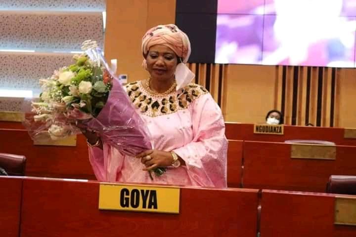 RDC-Sénat : malgré les excuses et les fleurs, Bijoux Goya Maintient sa plainte contre Tambwe Mwamba