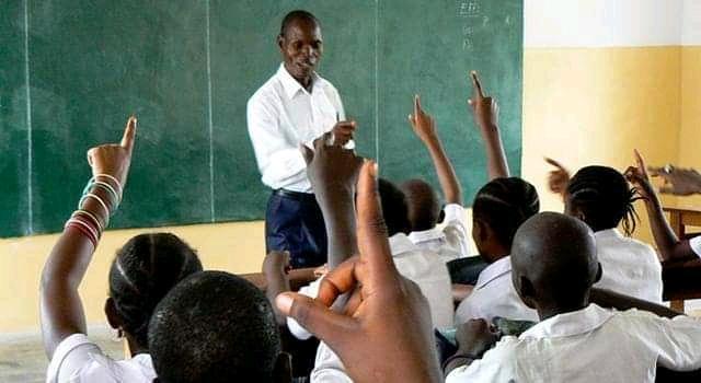 Reprise des cours en RDC : Seuls les élèves finalistes du primaire et des humanités seront concernés à Kinshasa