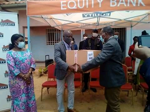 Kongo-central/Covid-19 : l'hôpital de Kinkanda doté des équipements contre la Covid-19 par Equity Bank