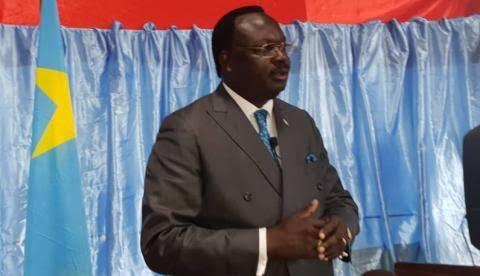Après son auto-exclusion de l'ECT, Jean-Pierre Lola Kisanga risque de quitter le sénat