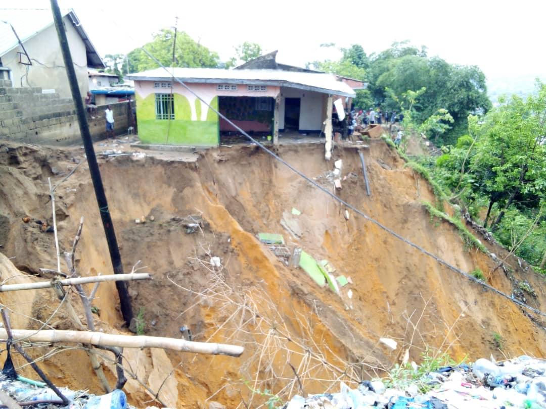 Mont-Ngafula : les dégâts de la pluie de la nuit du vendredi au quartier Cité Pumbu
