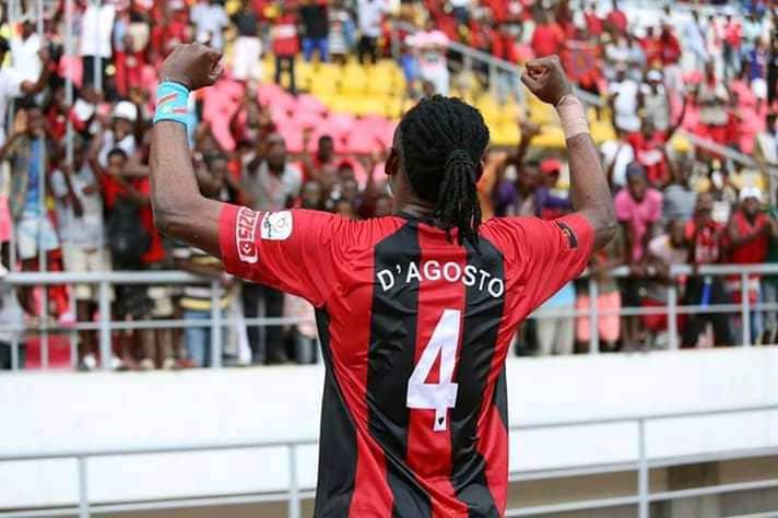 Foot: deux grands clubs tunisiens en concurrence pour recruter Bobo Ungenda