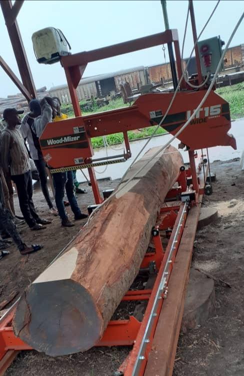 """Entreprenariat : """"Glody bois"""" inaugure une nouvelle scierie à Kinshasa"""