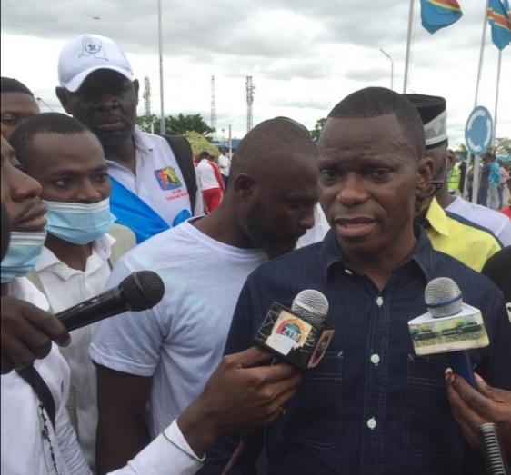 """Arrivée de Katumbi à Kinshasa : """" C'est le FCC et affluents qui ne sont pas d'accord avec son arrivée"""" (Eliezer Ntambwe)"""