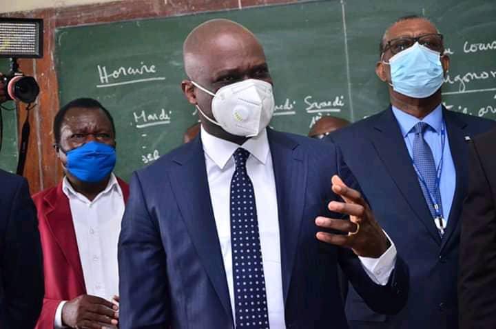 Vacances anticipées des élèves : le ministre de l'ESPT appelle au respect de la décision du chef de l'État