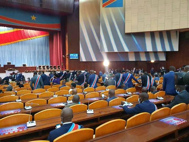Assemblée nationale : ouverture de la session extraordinaire sous un climat malsain