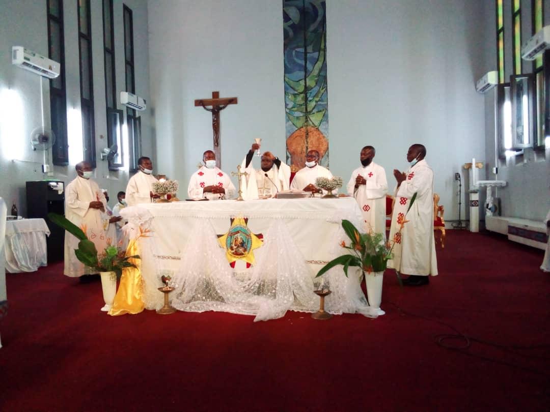 RDC/Tueries à l'Est : Une messe organisée à Kinshasa en mémoire des victimes des massacres et soldats tombés à Beni et Ituri