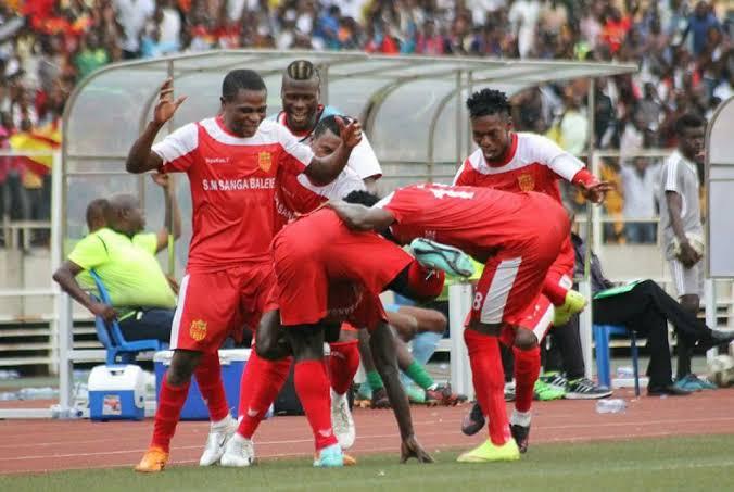 Football/VL1: Sanga Balende surclasse Renaissance et s'empare de la première place du championnat