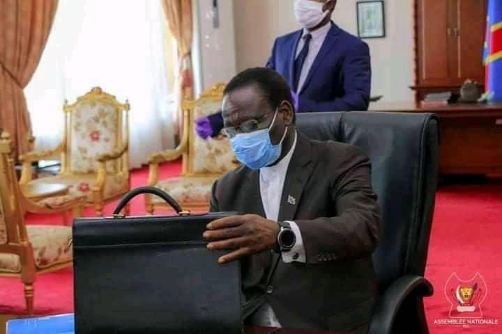 RDC : destitué, Sylvestre Ilunga dit attendre la notification de l'assemblée nationale pour prendre ses responsabilités (Communiqué)