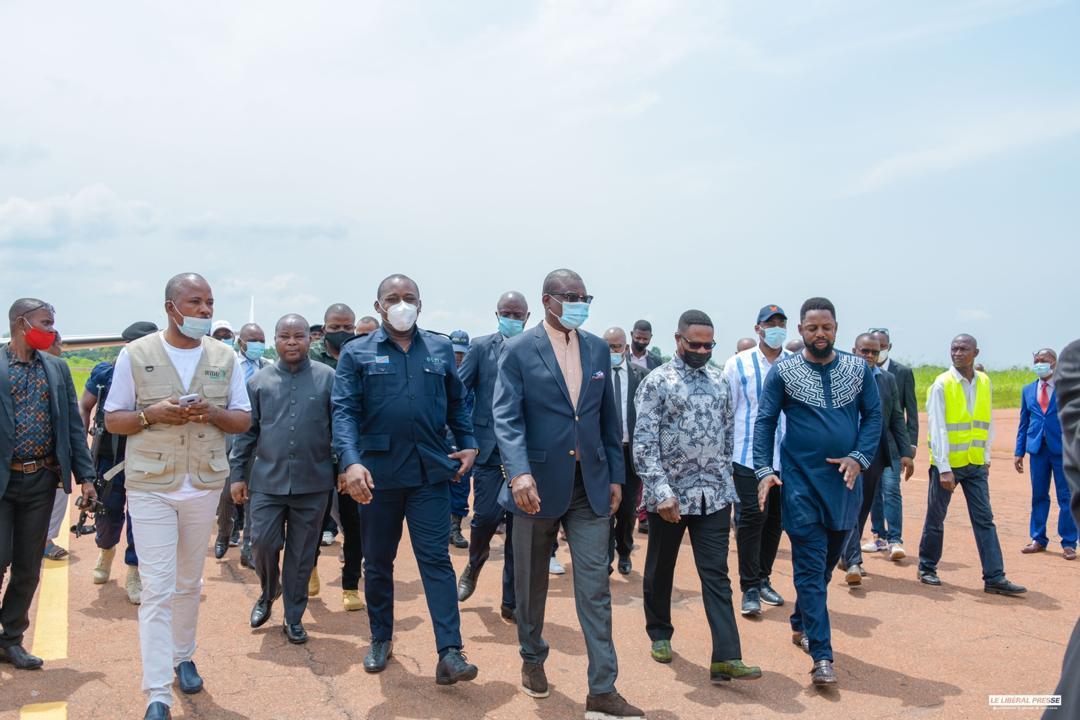 RDC : mandaté par le chef de l'État, le sénateur Guy Loando a clôturé sa mission dans le grand Equateur