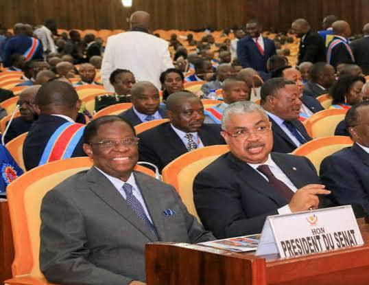Sénat : Alexis Thambwe Mwamba et Sammy Badibanga poussés brutalement vers la sortie