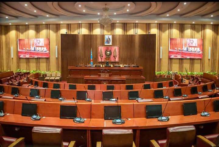 Sénat/Élection du bureau définitif : 17 candidats retenus
