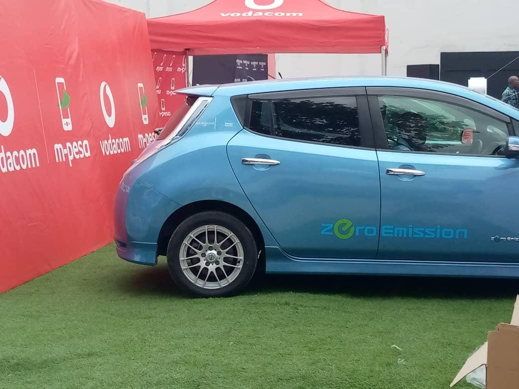 Vodacom Congo est partenaire de MOPEPE, le premier service de taxis 100% électriques en Afrique Centrale