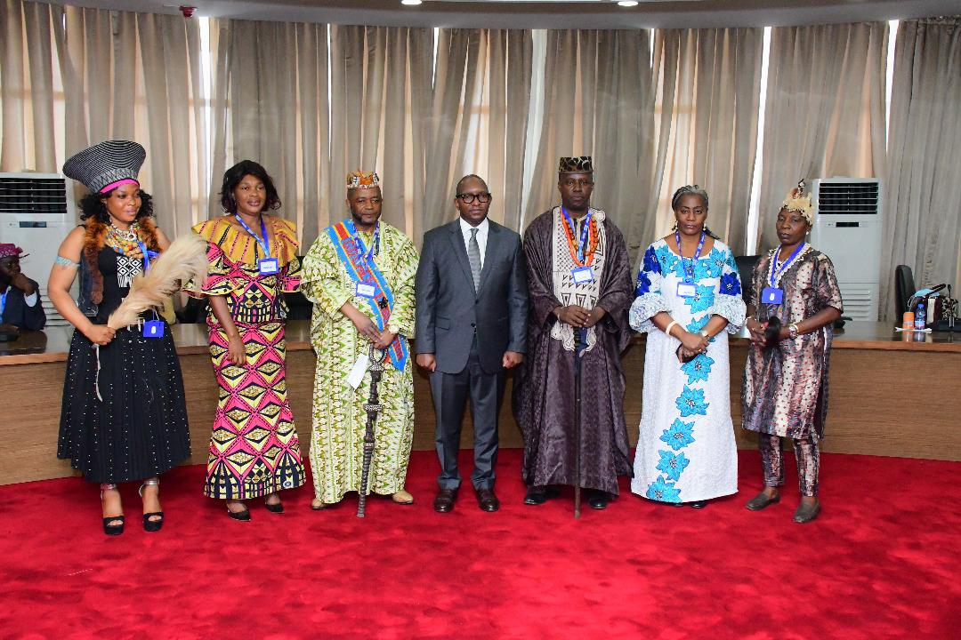 Primature : 120 chefs coutumiers présentent leurs civilités au Premier Ministre Sama Lukonde Kyenge