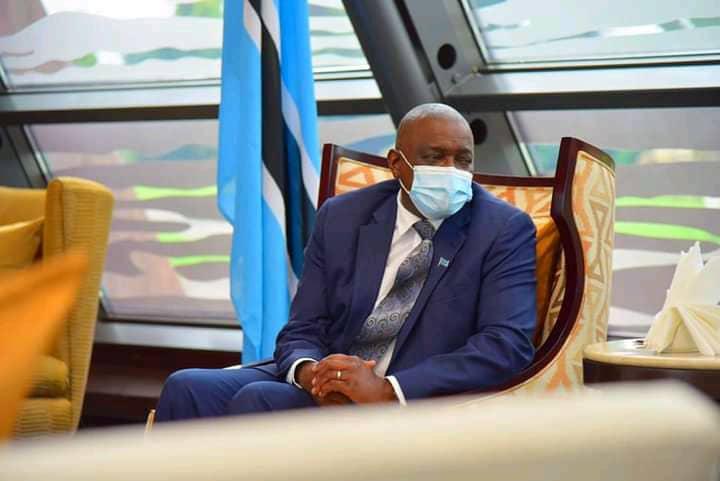 RDC/Botswana : arrivée du président Mokgweetsi Masisi à Kinshasa