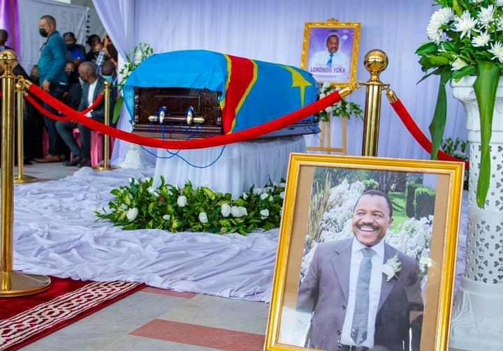 Décoré à titre posthume, le député national Henri-Thomas Lokondo reçoit la médaille d'or du mérite civique