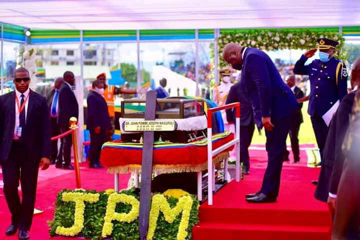 RDC : les derniers hommages de Félix Tshisekedi à John Magufuli ce lundi à Dar-es-Salam