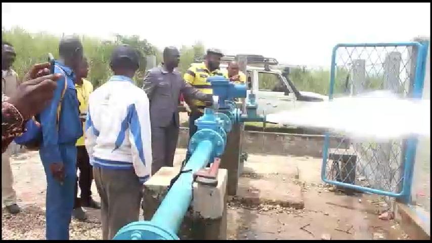 Lomami : la REGIDESO installe un nouveau forage de 120 mètres de profondeur à Kabinda