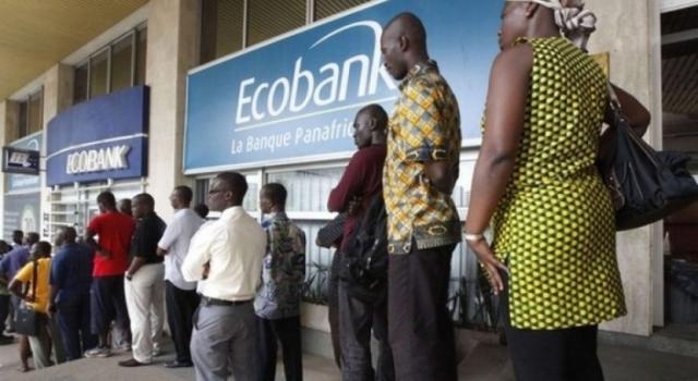 Kwilu : près de 31 enseignants des écoles du réseau 37ème CADC demandent de quitter Ecobank pour le retard observé dans la paie de leur salaire