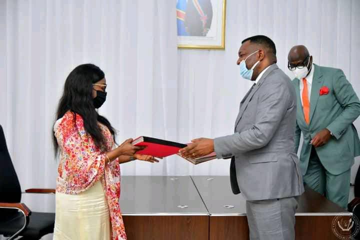 Projet Championnat Scolaire : signature d'une convention d'application entre le gouvernement congolais et la FIFA