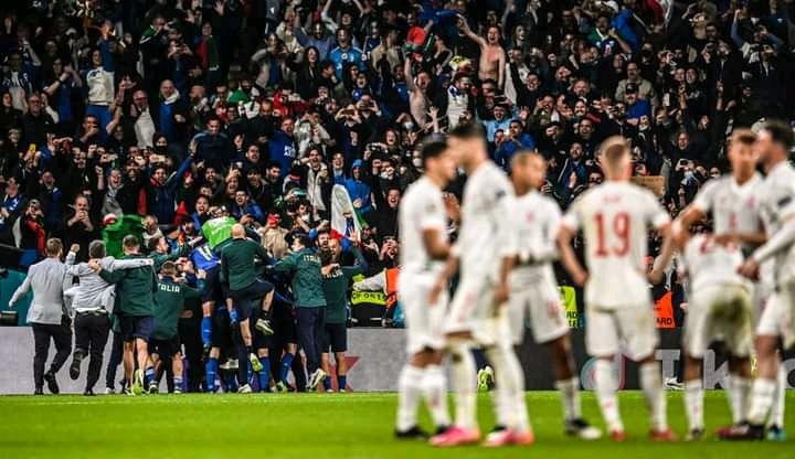 Football/Europe : l'Italie en finale de l'Euro 9 ans après !