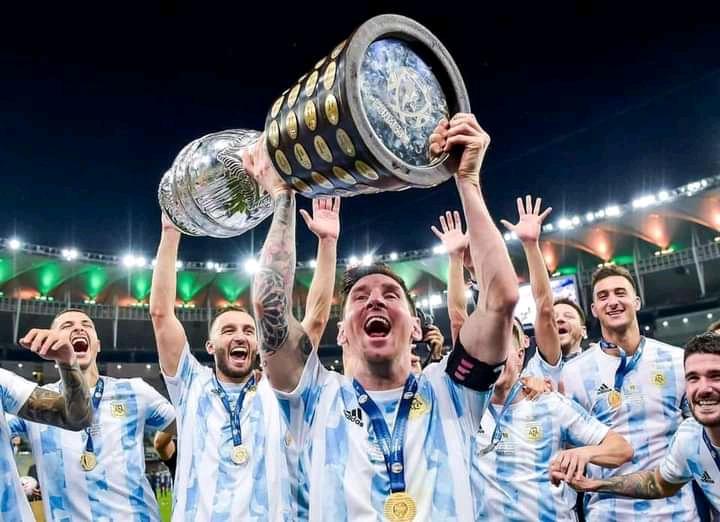 Copa America 2021 : Après deux finales manquées, Lionel Messi remporte enfin un trophée avec l'Argentine