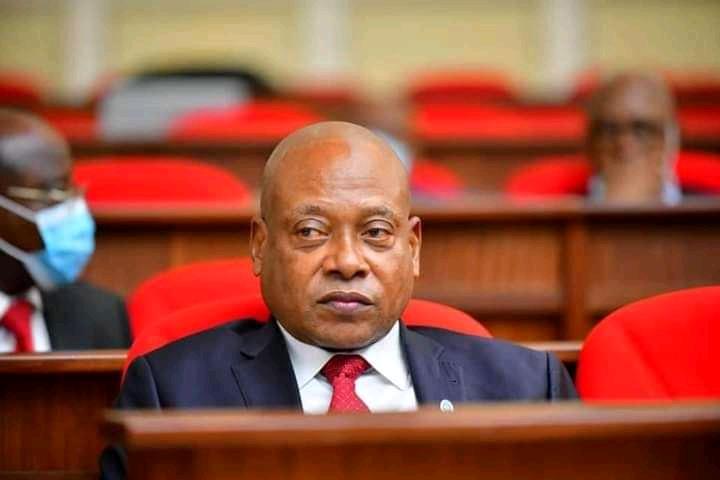 Politique : « Je suis le plus constant des politiciens congolais » (Steve Mbikayi)