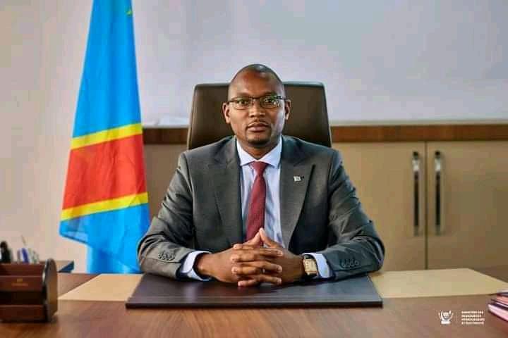 Gouvernement : Olivier Mwenze va assurer l'intérim de Kolongele Eberande, absent pour des raisons de santé