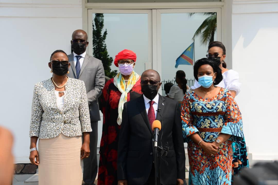Primature : Le Comité de conjoncture économique salue la signature par le Premier Ministre Sama Lukonde du Décret portant allègement des tarifs dans le transport aérien