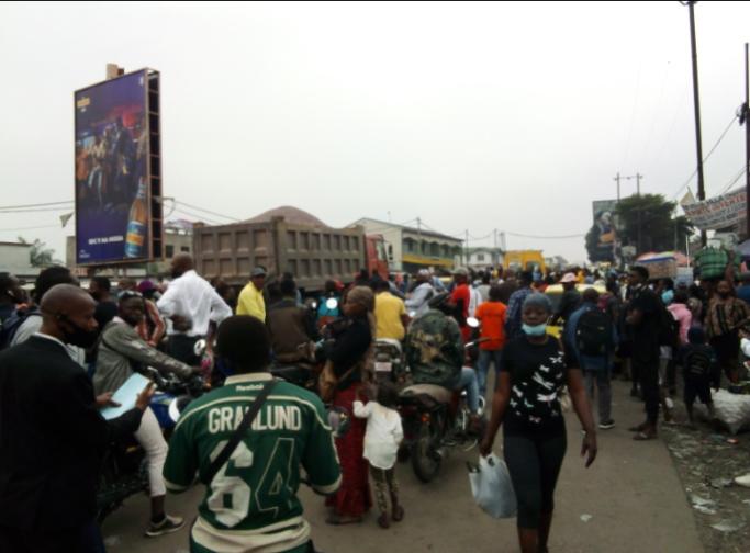 Kinshasa/Transport : Fatigués des tracasseries policières, les conducteurs des véhicules déclenchent un mouvement de grève