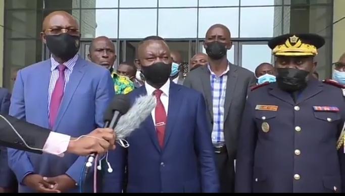Kinshasa/Contrôle documents véhicules : Un moratoire d'une semaine accordé à tous les conducteurs (Ministre de l'intérieur)