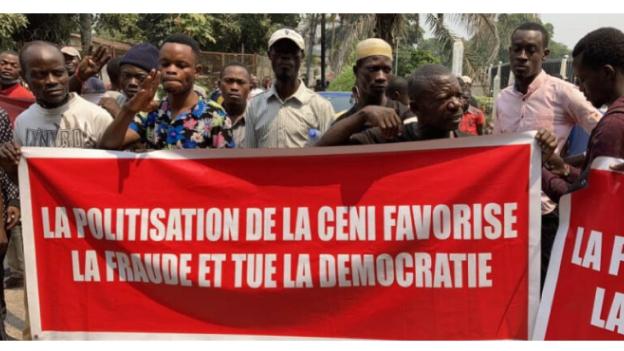 Désignation des membres de la Ceni : les militants de Lamuka en sit-in devant le siège de la Cenco