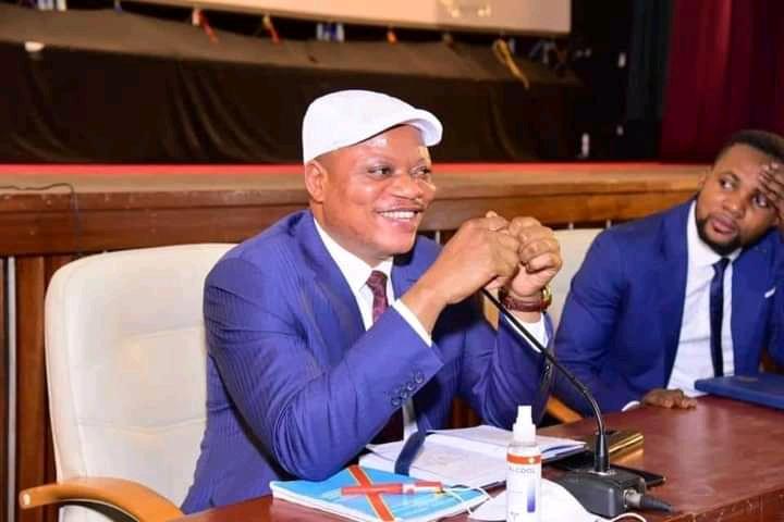Politique : Accompagné du caucus des députés élus de Kinshasa, Jean-Marc Kabund critique ouvertement la gestion de Ngobila à la tête de la ville