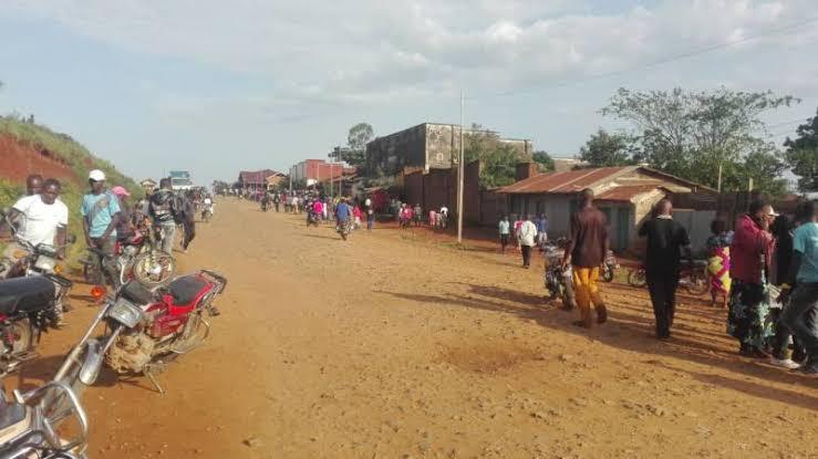 Ituri: 2 morts et 15 maisons incendiées dans une nouvelle attaque à Irumu