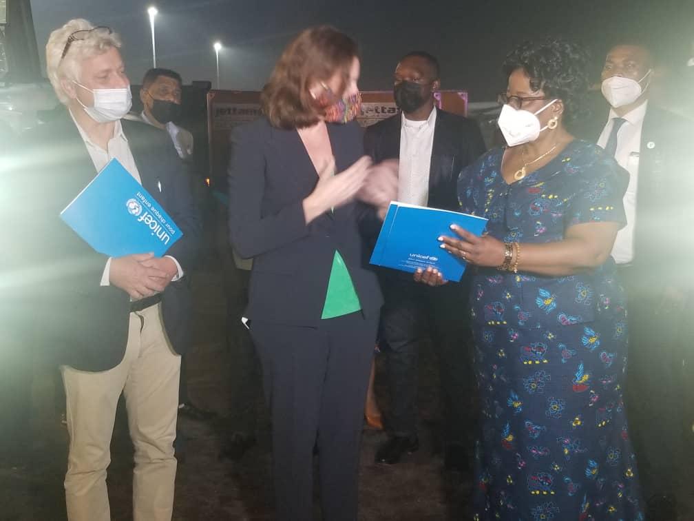 Santé/Covid 19 : la RDC reçoit un don de plus de 51.000 doses de vaccin Astra Zeneca