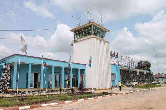 Kasaï Central : Une vieille femme décède à l'aéroport de Lungandu