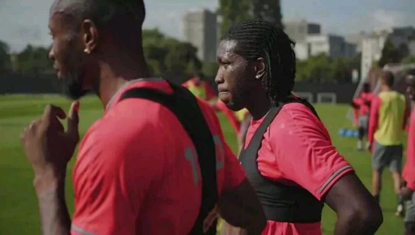 Élim/Coupe du Monde Qatar 2022 : Dieu-merci Mbokani déjà à Kinshasa pour le rassemblement des Léopards