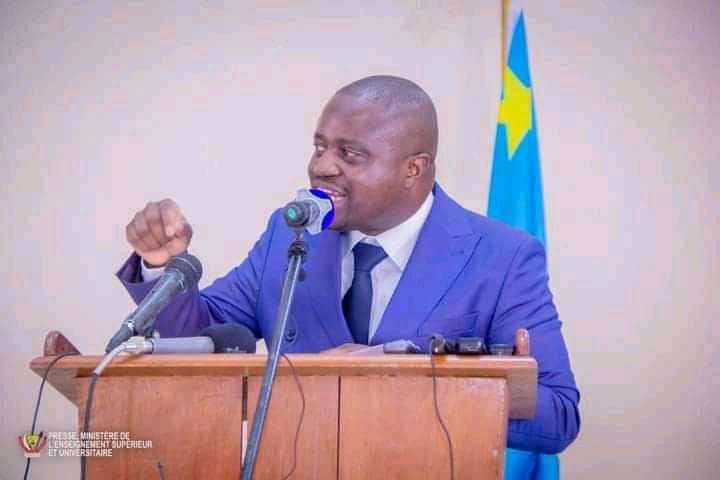 États généraux de l'Esu : Muhindo Nzangi pense sur la fermeture les facultés des médecins non conforme aux réglementations