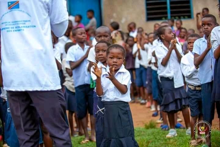 Rentrée scolaire : Certaines écoles conditionnent aux parents l'achat des uniformes et autres fournitures au sein de leurs établissements